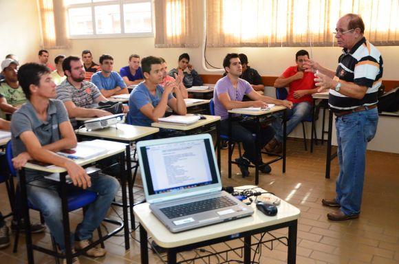 Os cursos da Prefeitura de Valença são ministrados por professores do Senai Rio (Foto Ilustrativa)