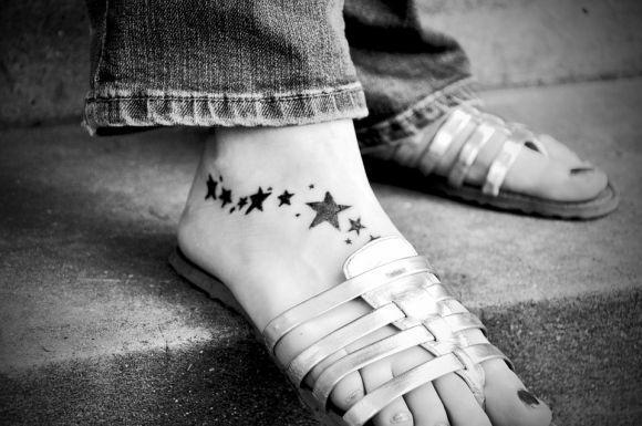 As tatuagens de estrelas são outro exemplo de sucesso entre o público feminino (Foto Ilustrativa)