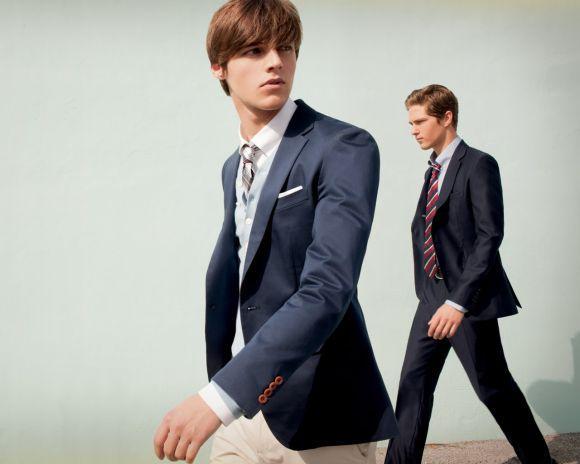 É fundamental experimentar o terno antes de comprar (Foto Ilustrativa)