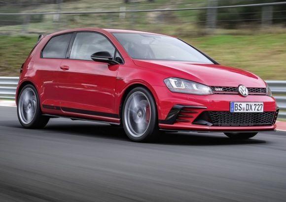 O VW Golf GTI Clubsport S 2016 terá apenas 400 unidades produzidas (Foto: Divulgação VW)