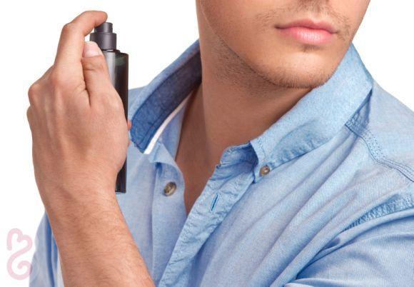 Muitos perfumes são ótimos para aumentar o clima de sedução (Foto Ilustrativa)