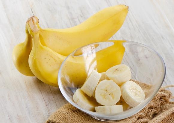 A combinação de banana e canela acaba com o desejo de comer doce. (Foto Ilustrativa)