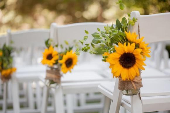 O girassol simboliza a alegria e a energia do verão. (Foto: Reprodução/Weddingswithinsight)