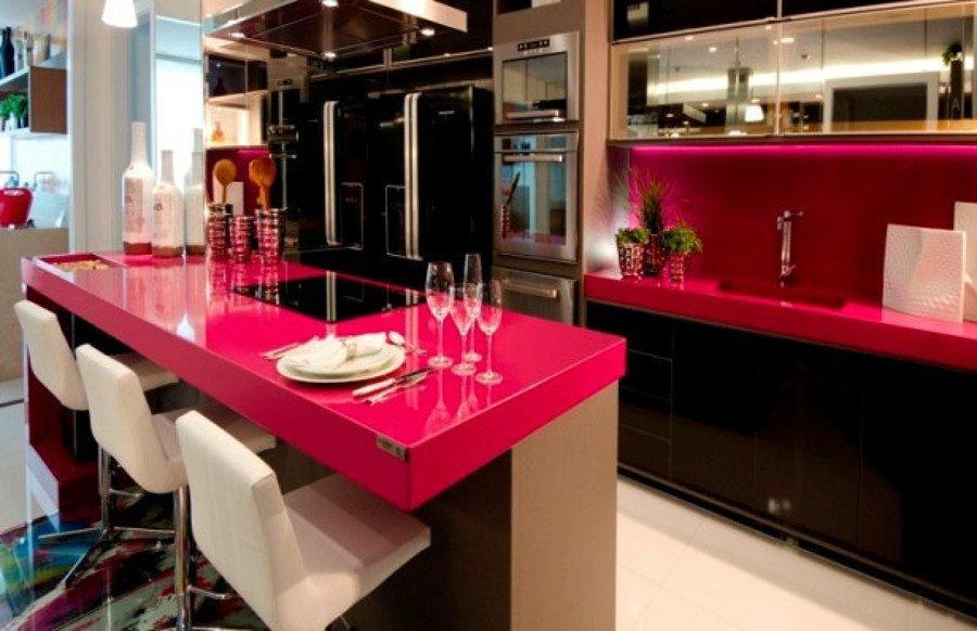 Cozinha com um toque pink e mais divertido (Foto: Divulgação)