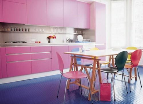 Cozinhas planejadas precisam ter tudo em seu devido lugar, ainda mais se forem pequenas (Foto: Divulgação)