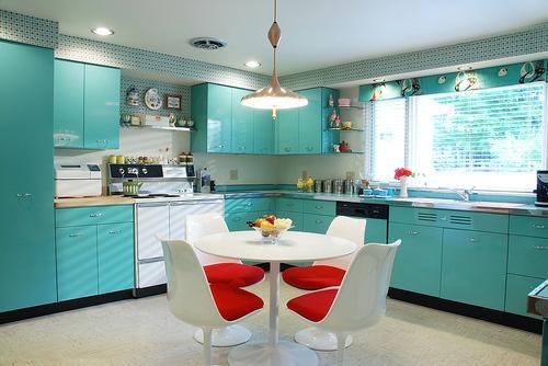 Cozinhas com cores diferentes (Foto: Divulgação)