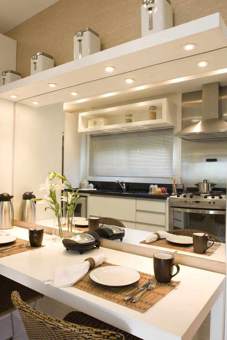 Procure um profissional para te ajudar a planejar a sua cozinha (Foto: Divulgação)