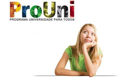No próprio site o candidato preenche as informações de onde e o que deseja estudar (Foto: Divulgação)
