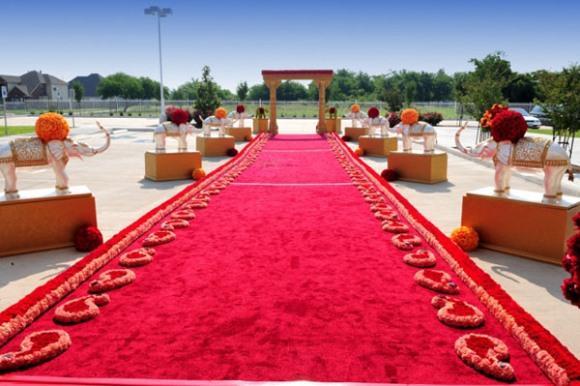 O tapete vermelho é o mais usado. (Foto: Reprodução/Maharaniweddings)