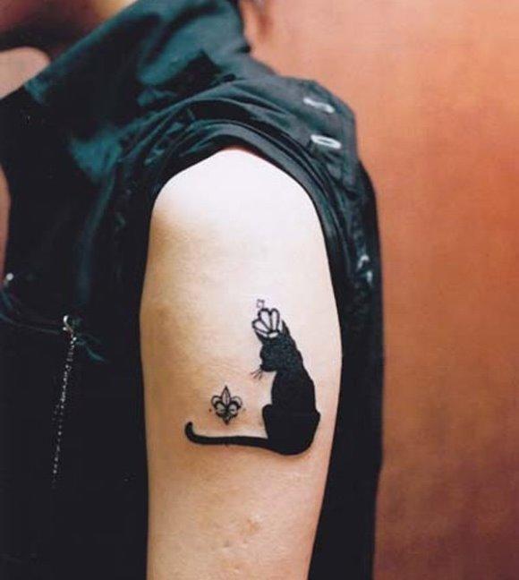 Tatuagens femininas com animais