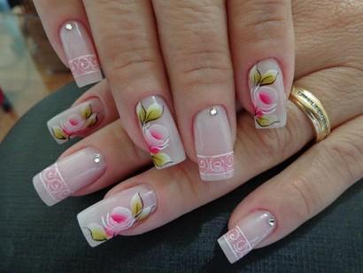 Para deixar as unhas bonitas o carimbo pode ser a solução (Foto: Divulgação)