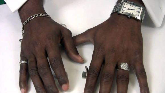 Os anéis masculinos estão cada vez mais na moda (Foto Ilustrativa)