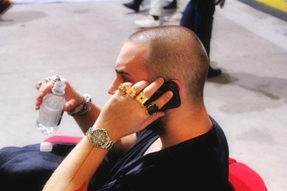Os diferentes estilos de anéis para homens podem ser usados nas mais variadas ocasiões (Foto Ilustrativa)