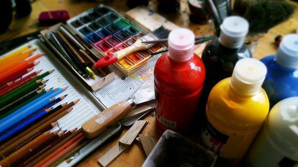 Curso gratuito de pintura em telas 2016