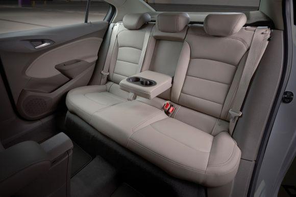 Muito conforto e segurança estão disponíveis no interior do carro (Foto: Divulgação GM)