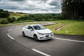 Novo Chevrolet Cruze 2017: versões, preços