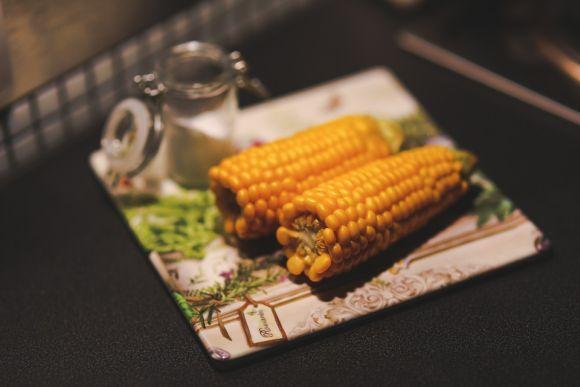 O milho pode ser consumido de diferentes maneiras (Foto Ilustrativa)