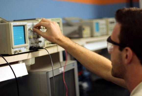 Curso Técnico em Eletrotécnica (Foto Ilustrativa)