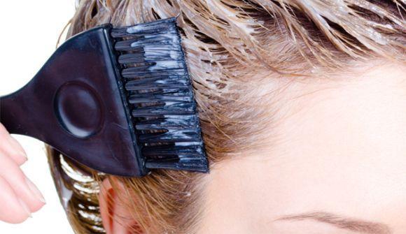 Tirar mancha de tinta de cabelo: 5 dicas infalíveis (Foto Ilustrativa)
