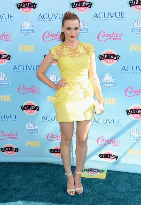 Vestido curto amarelo reveillon