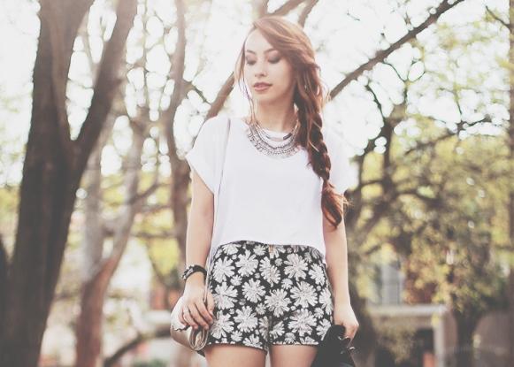 Inove o seu look com short ou saia. (Foto: Reprodução/Lookbook.nu)