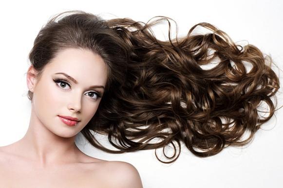 Deixe o cabelo mais bonito e com movimento através do detox capilar. (Foto Ilustrativa)