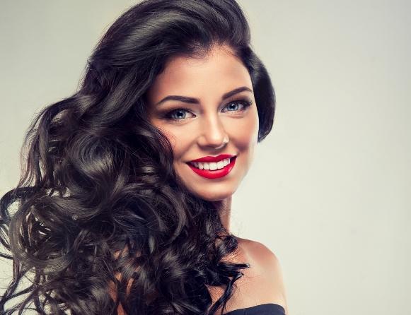 Deixe o seu cabelo 10 anos mais jovem usando Eudora. (Foto Ilustrativa)