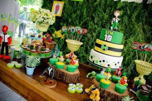 Decoração Ben Dez para aniversário infantil  (Foto: Divulgação)