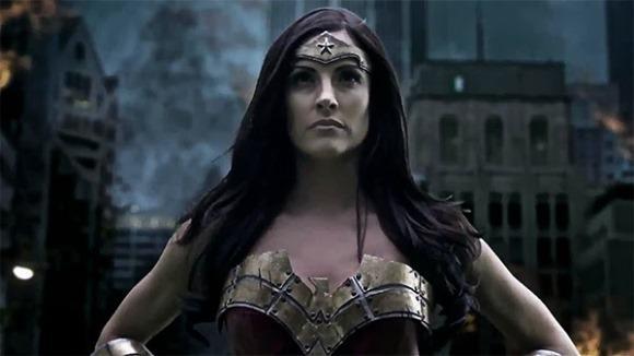 Diana resolve usar suas habilidades para salvar o mundo. (Foto: Reprodução/Warner Bros)