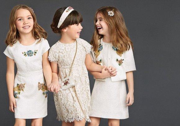 Vestidos delicados e românticos estarão em alta. (Foto: Reprodução/dress-trends)