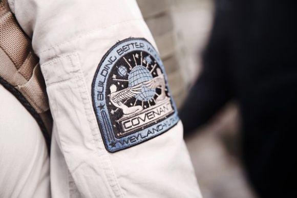 Uniforme da tripulação da nave Covenant (Foto: Reprodução internet)