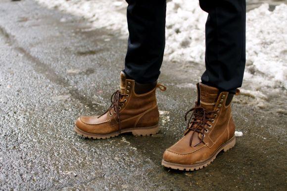 As botas estilo coturno são muito elegantes (Foto Ilustrativa)