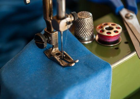 Também há vagas para o curso de corte e costura (Foto Ilustrativa)