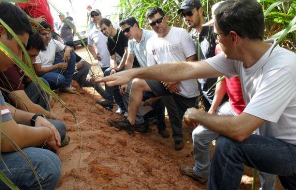 O curso de Tecnólogo em Agronegócio tem duração de 3 anos (Foto: Divulgação FAI)