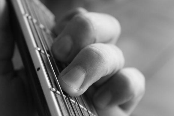 Aprenda a tocar violão no curso gratuito do Sesc Minas (Foto Ilustrativa)