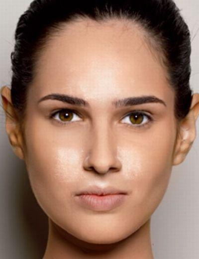 Pó translúcido para iluminar o rosto (Foto: Reprodução Corpo a Corpo)