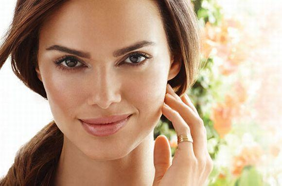 Tutorial de maquiagem: aprenda afinar rosto (Foto Ilustrativa)