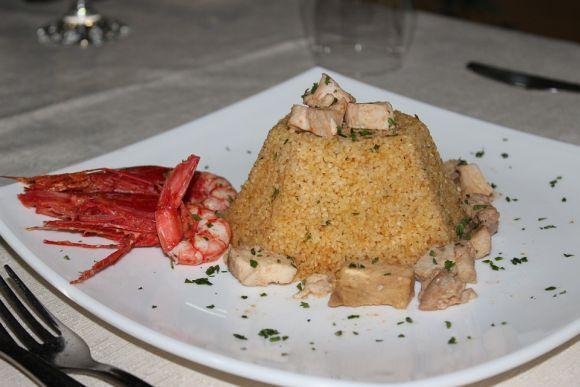 Cuscuz com camarão e sardinha também é muito procurado (Foto Ilustrativa)
