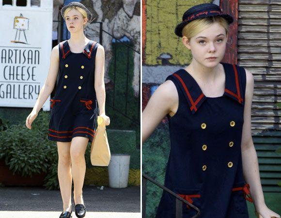 Vestido navy vintage de Elle Fanning (Foto: Reprodução internet)