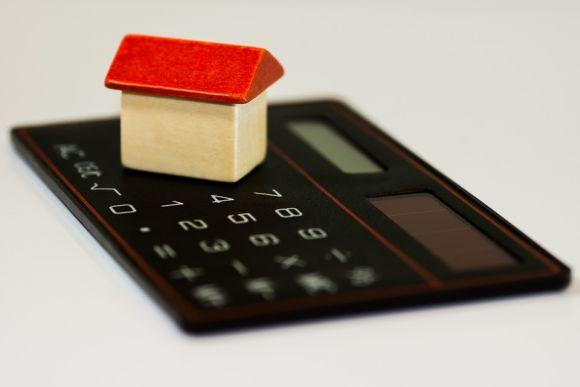 Estar com as contas em dia é outra dica fundamental (Foto Ilustrativa)