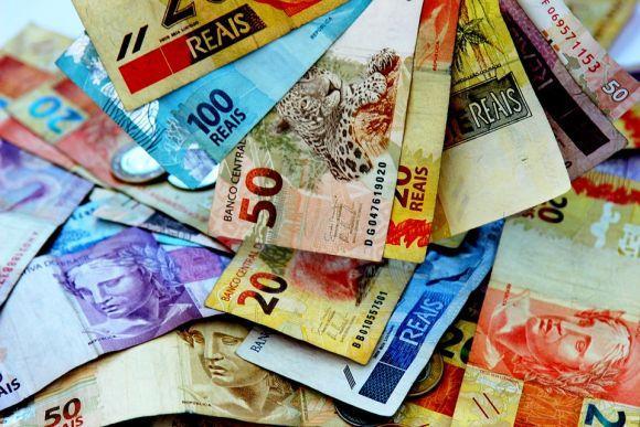 Em alguns casos, os salários podem chegar a mais de R$ 12 mil (Foto Ilustrativa)