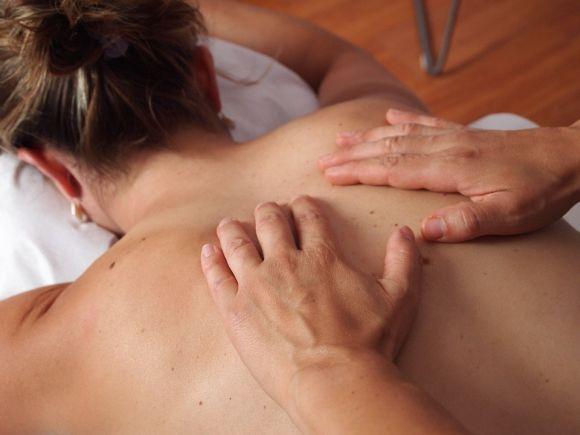 Cursos de Massagem estão entre as alternativas (Foto Ilustrativa)