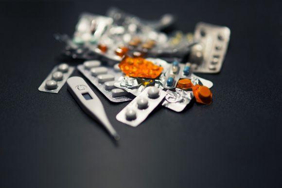 Algumas marcas de pílulas anticoncepcionais trazem mais riscos para as mulheres (Foto Ilustrativa)