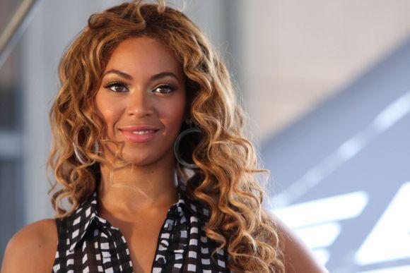 Beyoncé usa morangos para diminuir a oleosidade da pele (Foto Ilustrativa)