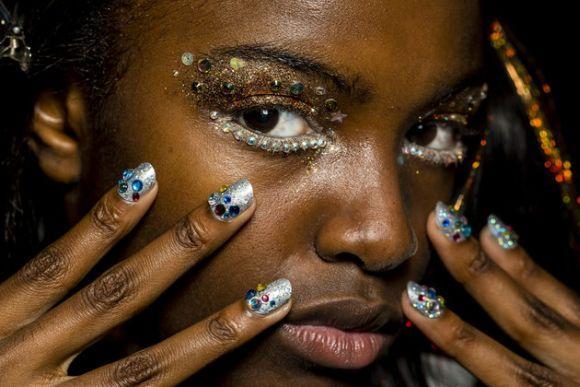 Glitter nos olhos (Foto Ilustrativa)
