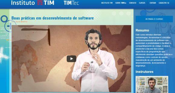 O curso de desenvolvimento de software pode ser acompanhado através de qualquer computador conectado à internet (Foto: Divulgação TIM Tec)