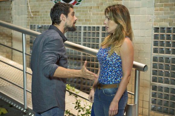 Os atores Rafael Cardoso e Renata Dominguez estão na nova novela das seis (Foto: Reprodução GShow)