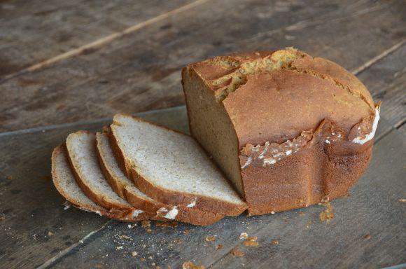 O glúten está presente em pães (Foto Ilustrativa)