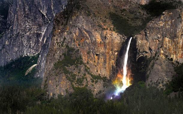 Cachoeira no Parque Nacional de Yosemite, na Califórnia (Foto: Divulgação)