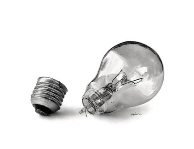 Linda Hubber conseguiu reproduzir ma lâmpada com perfeição (Foto: Linda Hubber)